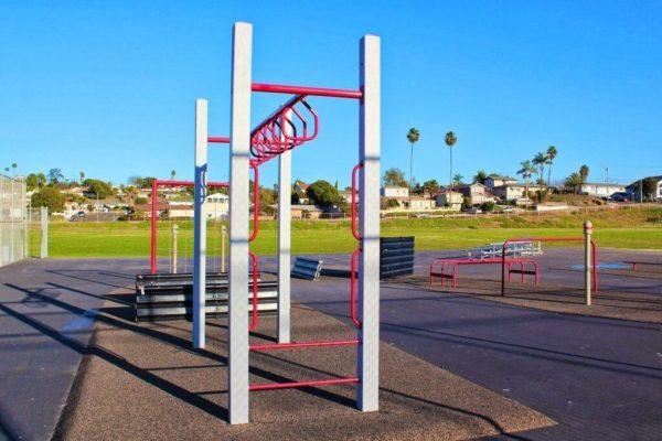 Castle Park Fitness Course 271