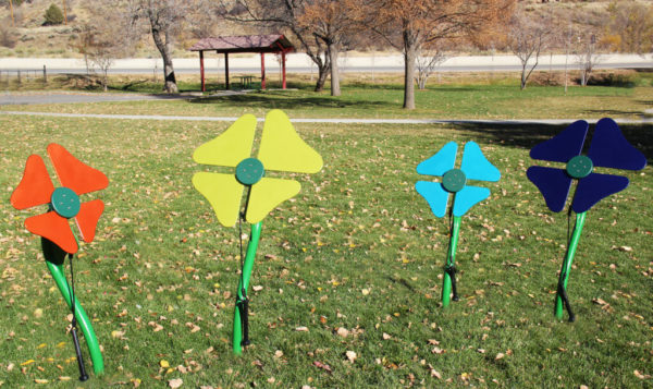 playground metal flowers 2